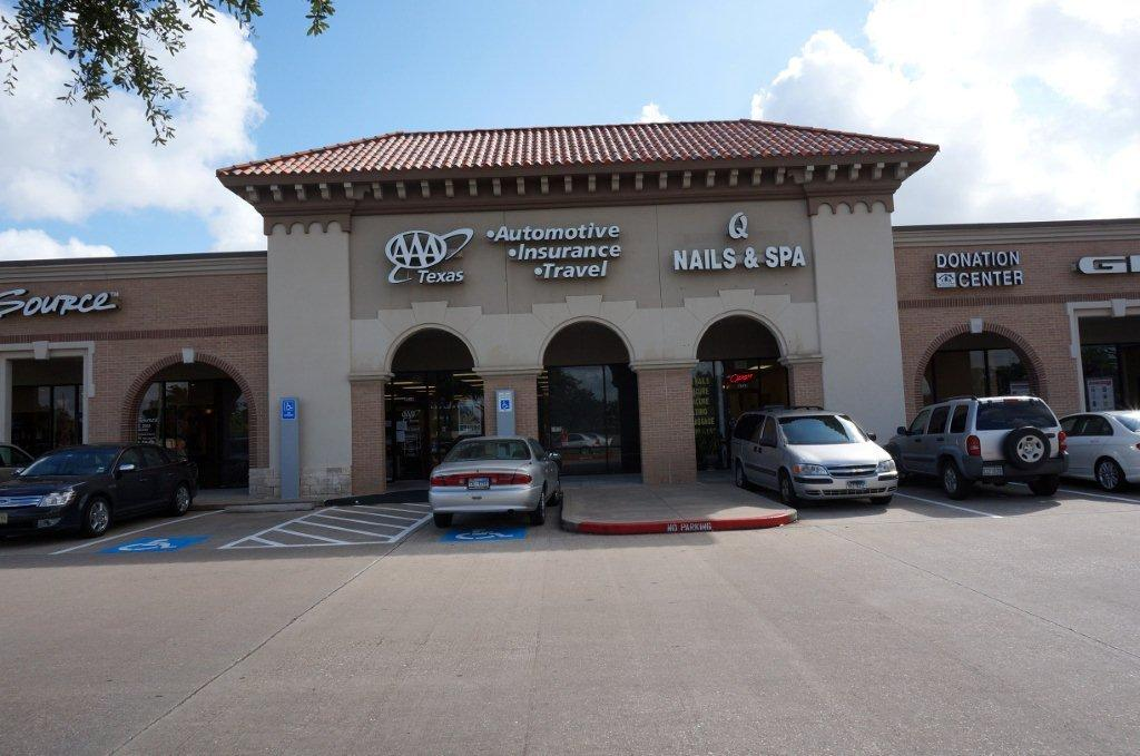 Commercial real estate listings houston dallas san for Adams salon kings highway